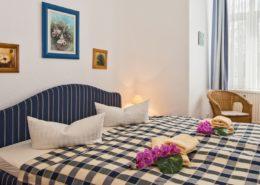 Familienzimmer Typ 1 Amethyst Schlafbereich - Urlaubshotel Strandvilla Imperator mit Ferienwohnungen und Zimmern im Seebad Bansin auf Usedom
