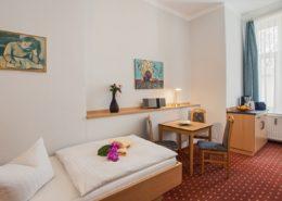 Familienzimmer Typ 2 Saphir Schlafbereich Einzelbett