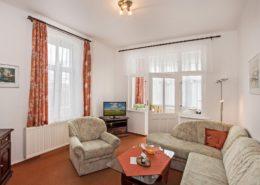 Ferienwohnung Jade Wohnbereich 1 - Urlaubshotel Strandvilla Imperator im Seebad Bansin auf Usedom