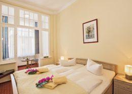 Ferienwohnung Onyx Schlafzimmer 1 - Urlaubshotel Strandvilla Imperator im Seebad Bansin auf Usedom