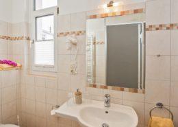 Ferienwohnung Opal Bad - Urlaubshotel Strandvilla Imperator mit Ferienwohnungen und Zimmern im Seebad Bansin auf Usedom