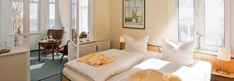 Doppelzimmer Komfort Schlafbereich - Urlaubshotel Strandvilla Imperator im Seebad Bansin auf Usedom