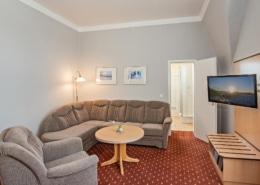 Familienzimmer Amethyst Wohnbereich 2 - Urlaubshotel Strandvilla Imperator in Bansin auf Usedom