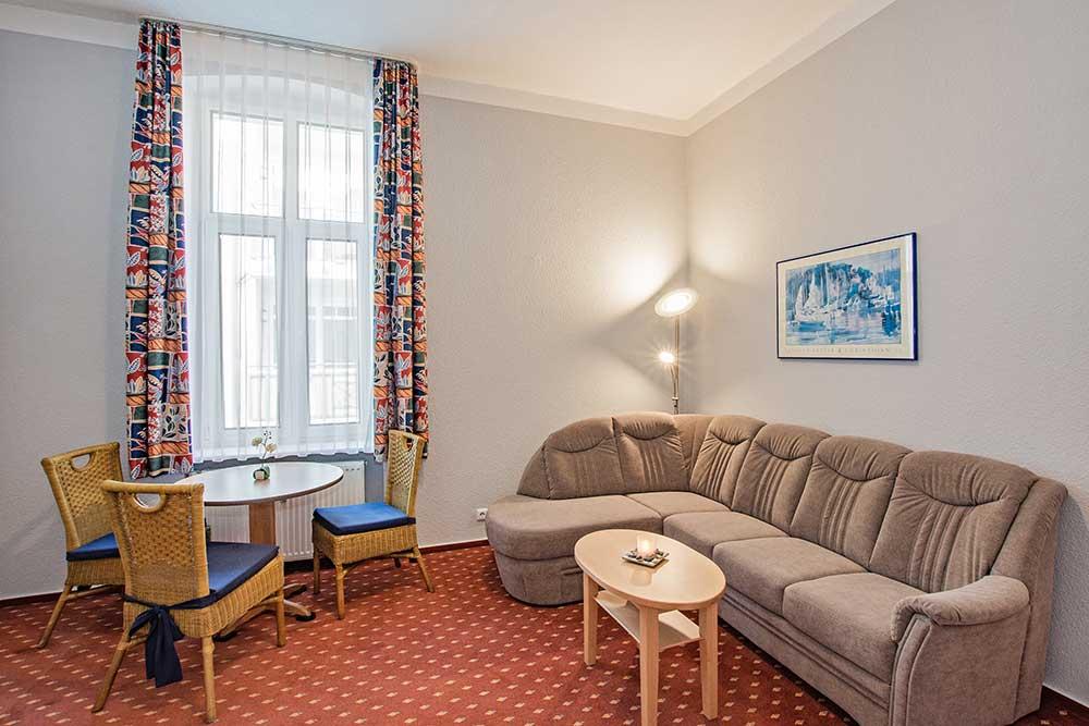 Rubin Familienzimmer Typ 3 Wohnzimmer